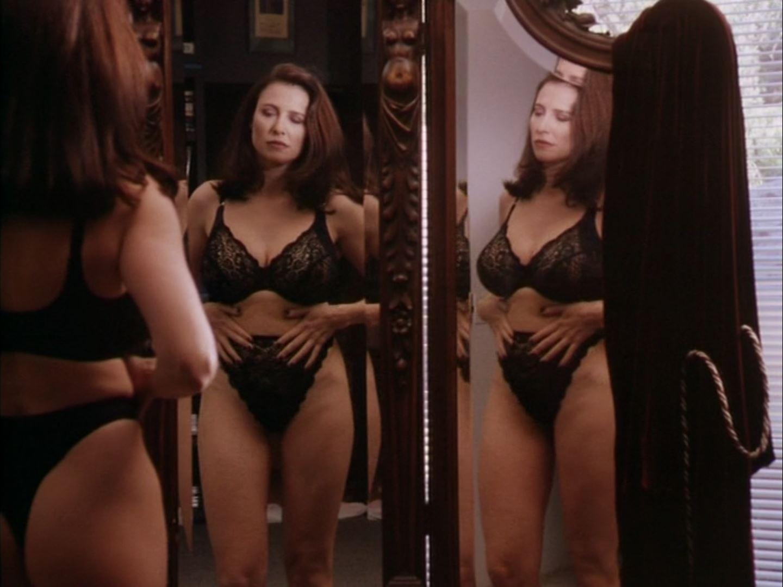Mimi Rogers tMimi Rogers thong in Full Body Massage 1hong in Full Body Massage 1