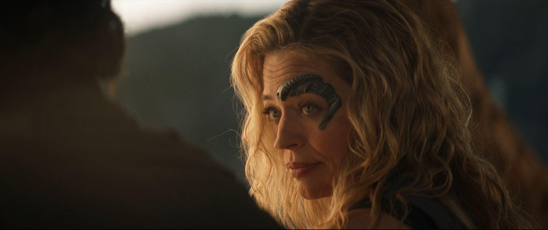 Star Trek Picard S01E10 Et in Arcadia Ego Part 2 Review - Jeri Ryan as Seven of Nine