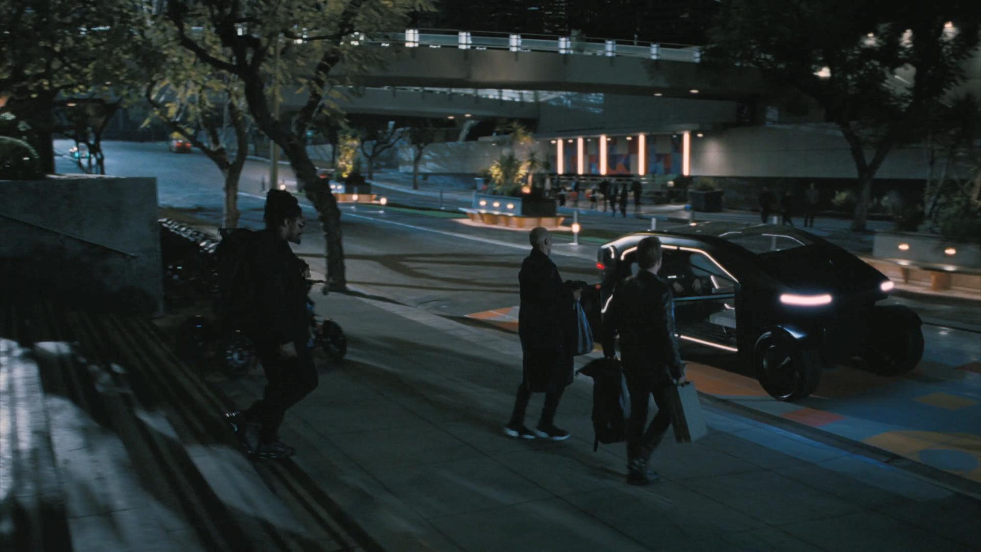 Westworld Season 3 Episode 1 Review - Caleb robs a cach machine